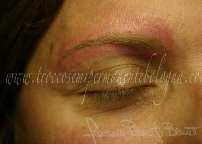 Sand eyebrows tatuaggio studio Wonderland.ink pigmentazione corpo tatuato